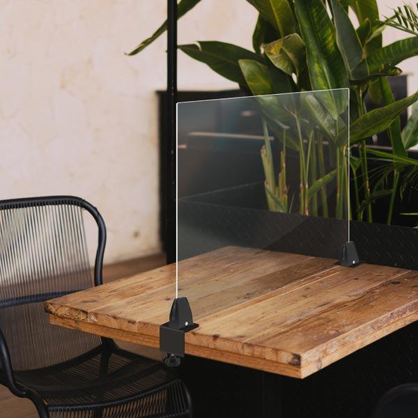 Protection plexiglas anti-covid à fixer sur une table restaurant ou bureau